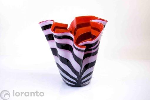 vaas zebra met rode binnenkant,
